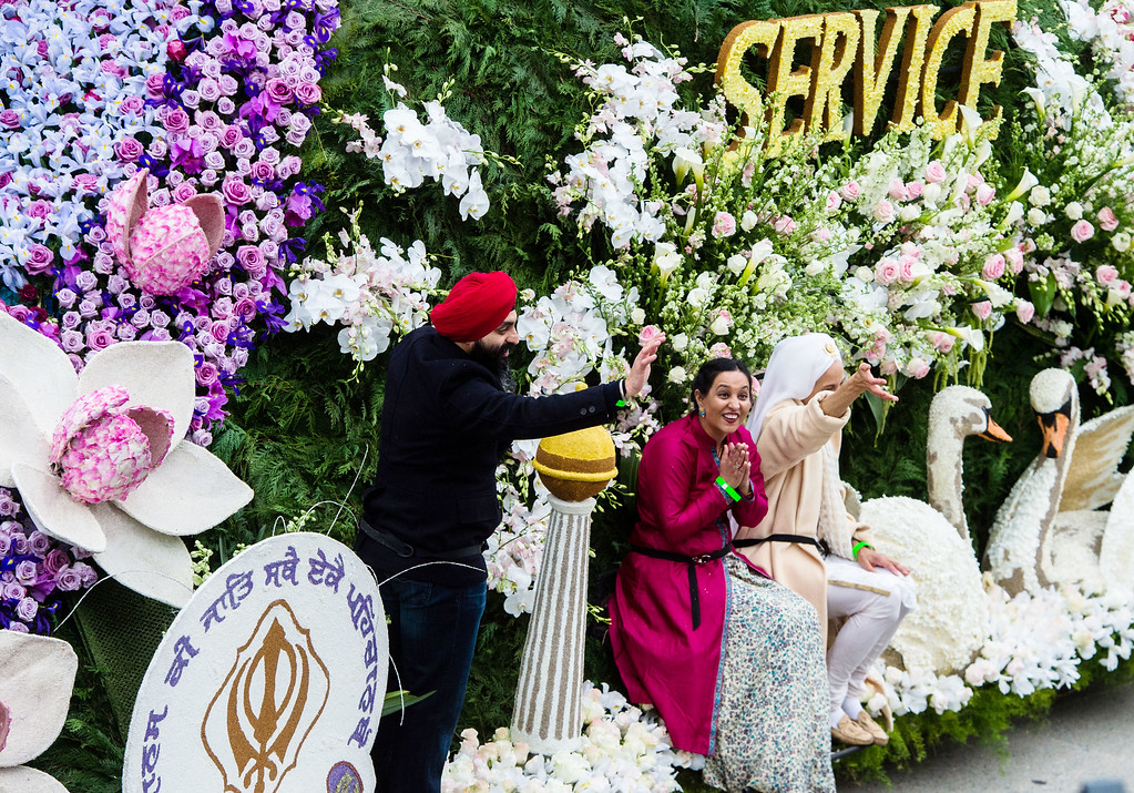 . United Sikh Mission - �Together We Rise� on Colorado Blvd. during the 2017 Rose Parade in Pasadena on Monday, January 2, 2017. (Photo by Watchara Phomicinda, San Gabriel Valley Tribune/ SCNG)