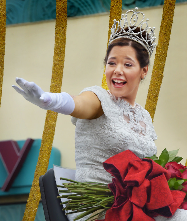 """. 2017 Rose Queen Victoria Cecijlla Castellanos waving to the crowds 128th Rose Parade \""""Echoes of Success\"""". (Photo by Walt Mancini/SCNG)"""