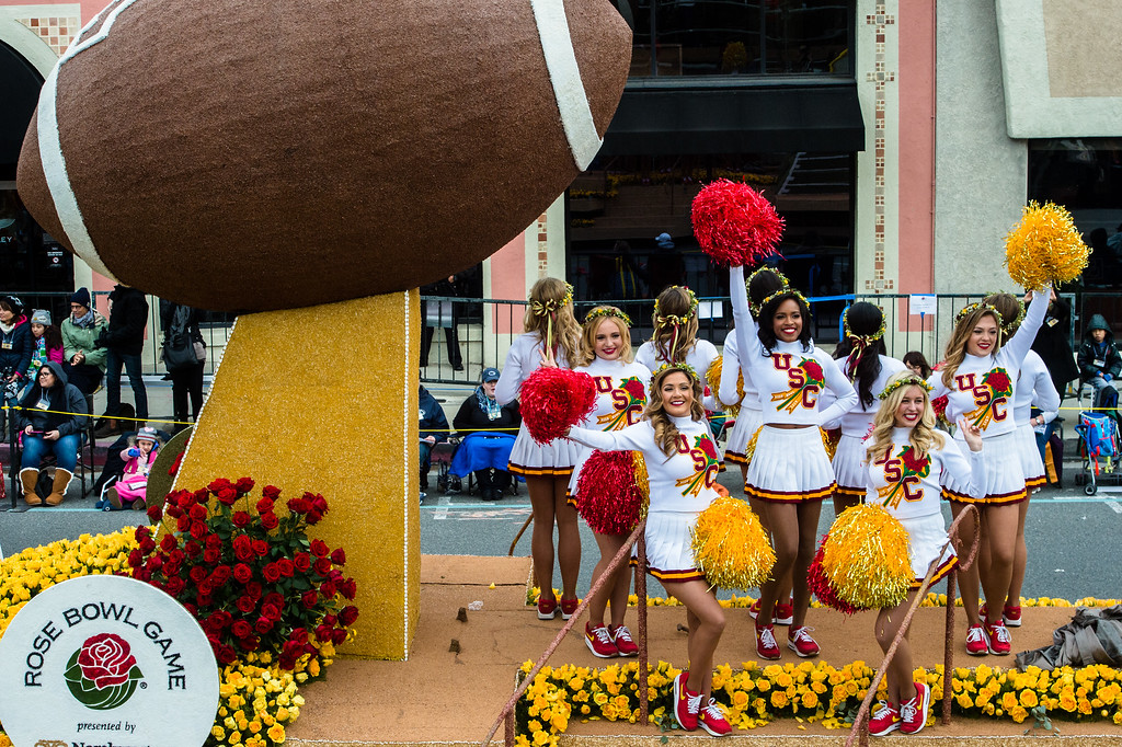 . University of Southern California cheerleaders ride the Rose Bowl Game float during the 2017 Rose Parade in Pasadena on Monday, January 2, 2017. (Photo by Watchara Phomicinda, San Gabriel Valley Tribune/ SCNG)