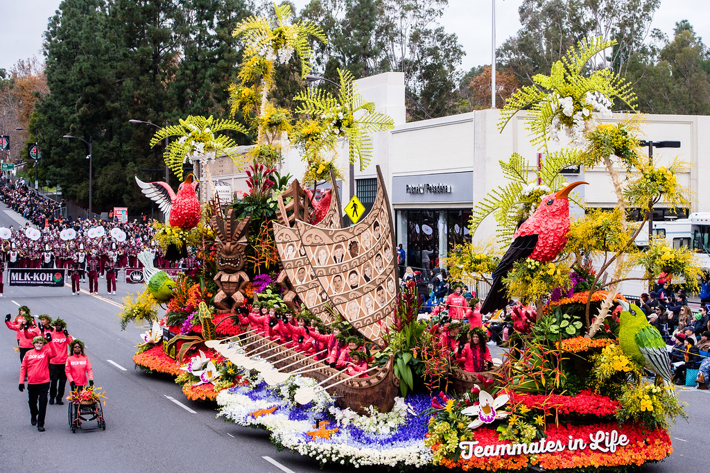 . Donate Life �Teammates in Life� float on Colorado Blvd. during the 2017 Rose Parade in Pasadena on Monday, January 2, 2017. (Photo by Watchara Phomicinda, San Gabriel Valley Tribune/ SCNG)