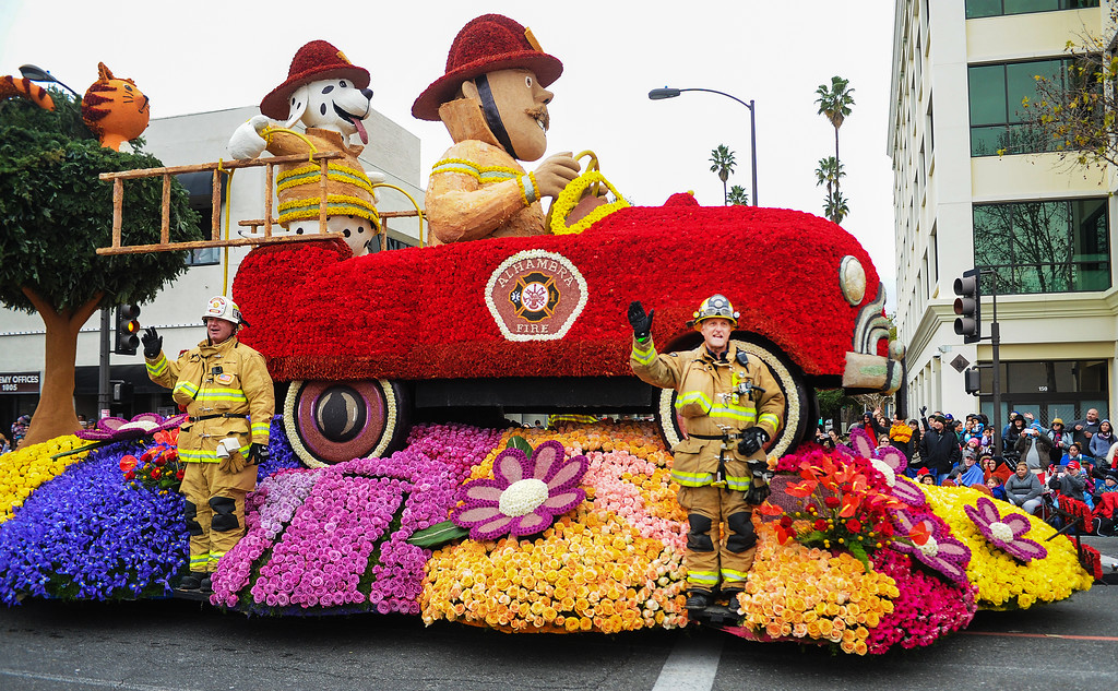 """. City of Alhambra, �No Call Too Small� at the 128th Rose Parade \""""Echoes of Success\"""". (Photo by Walt Mancini/SCNG)"""