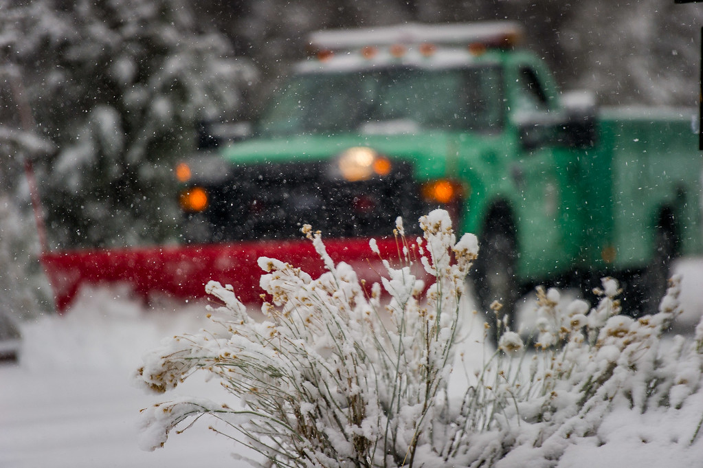 . A US Forest Service snow plow keeps the Cougar Crest parking lot open during a snowstorm in the San Bernardino National Forest near Big Bear, Thursday, Jan. 12, 2017. (Eric Reed/For The Sun/SCNG)