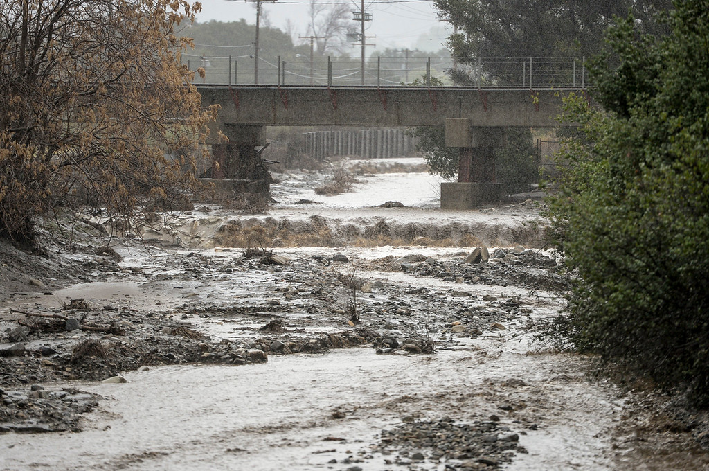 . Water flows in a ravine towards the Santa Clara river in Santa Clarita Sunday as heavy rain falls in the area.   (Photo by David Crane, Los Angeles Daily News/SCNG)