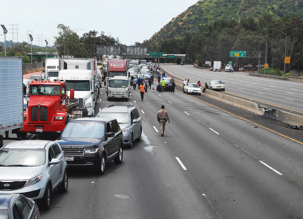 . Traffic comes to a halt on both sides of the 5 Freeway near Colorado Boulevard in the Griffith Park area on Tuesday, April 25, 2017 after a five-vehicle crash that killed one person and injured nine others. (Photo by Mike Meadows/Special to the Los Angeles Daily News)