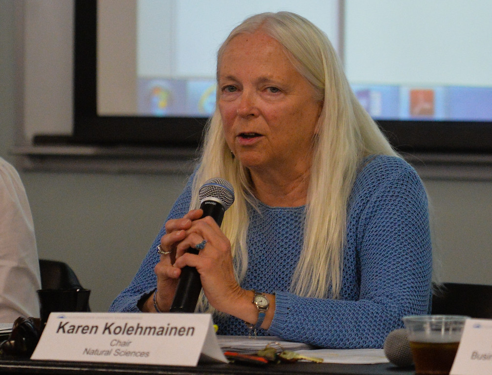 . Chairwoman Karen Kolehmainen, of the Cal State San Bernardino Faculty Senate, leads taking up a vote of no-confidence against President Tomas Morales at the senate\'s meeting at Cal State San Bernardino in San Bernardino, Calif. on Tuesday, May 9, 2017. (Photo by Rachel Luna, The Sun/SCNG)