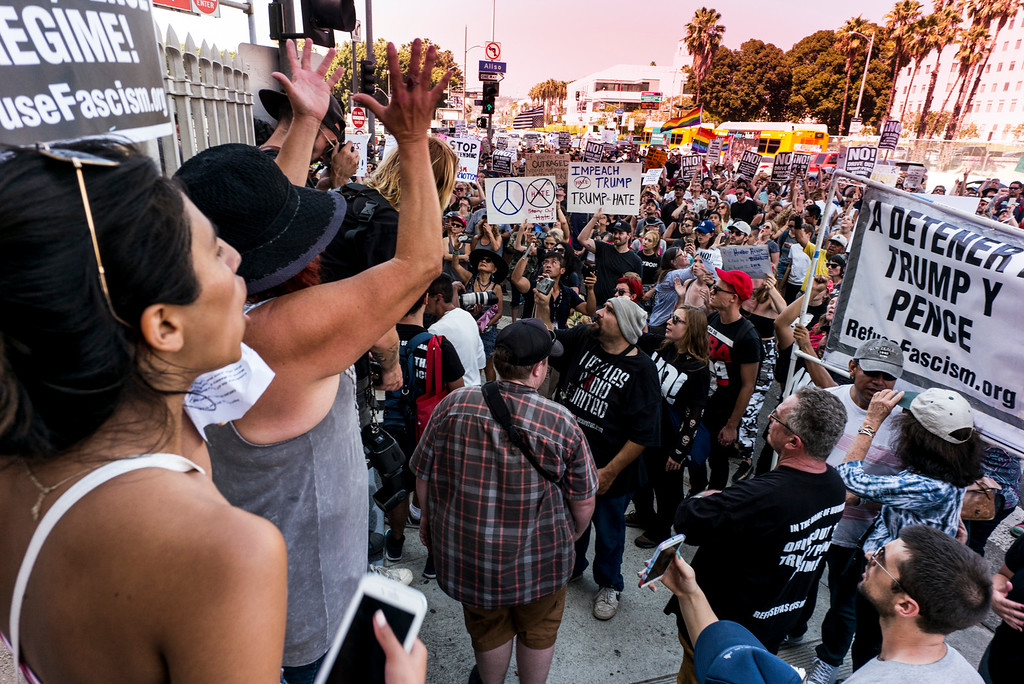 . A rally in Los Angeles drew hundreds to stand in solidarity with Charlottesville.  The group gathered at City Hall then marched to the Metropolitan Detention Center in downtown Los Angeles Sunday, August 13, 2017.   ( Photo by David Crane, Los Angeles Daily News/SCNG)
