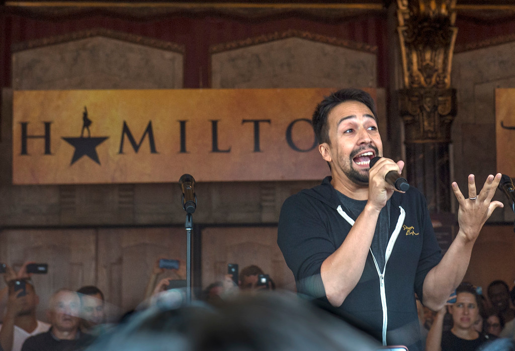 ". Lin-Manuel Miranda, ""Hamilton\"" creator, greets fans in front of the Hollywood Pantages Theatre in Hollywood during \""Hamilton\"" ticket lottery and performance with surprise guests and cast members on Wednesday, Aug 16, 2017. (Photo by Ed Crisostomo, Los Angeles Daily News/SCNG)"