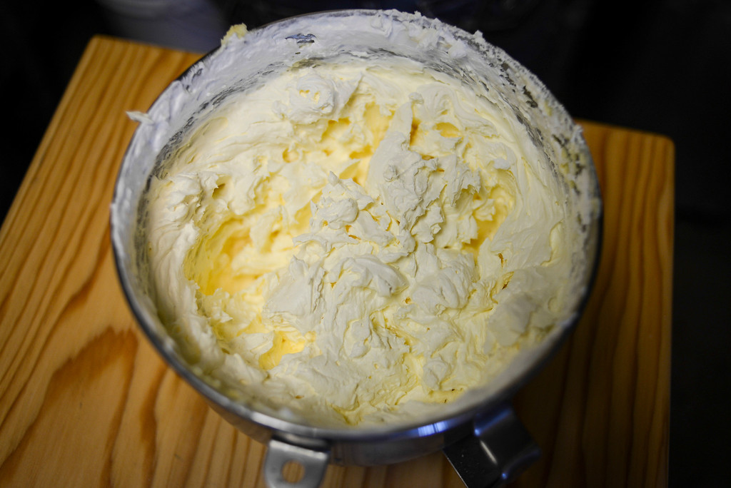 ". The secret cream ingredient for ""doughssants\"" . The latest food fad is made from a combination of doughnuts and croissants with lots of cream and other tasty ingredients.   Photo by David Crane/Los Angeles Daily News."