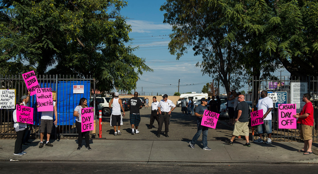 . Casual workers walk the picket line as casual workers strike outside ILWU hall in Wilmington Friday, September 8, 2017. Several hundred casuals strike through out the day. (Photo by Thomas R. Cordova, Daily Breeze/SCNG)