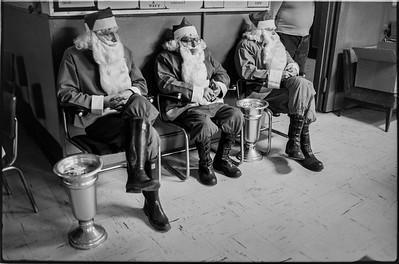 1981 Sidewalk Santa NYC_1102