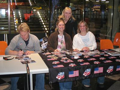2008 Delta Autograph Signing