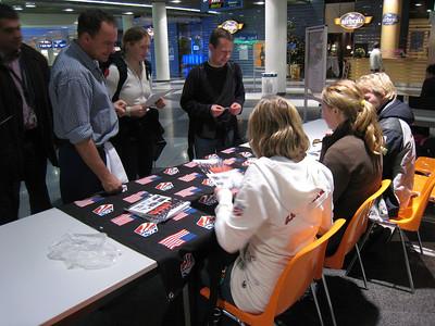 Delta Autograph Signing December 22, 2008 Photo: Doug Haney/U.S. Ski Team