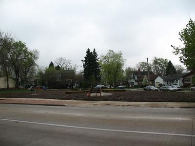 2012-023 Cool Joliet USF Garden