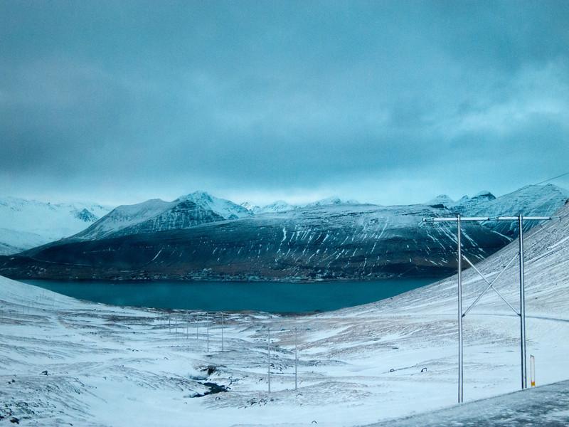 Þingeyri hinum meginn við fjörð