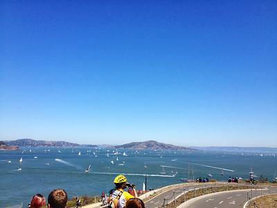 Esperando la largada de la America's Cup: En esta 1er regata NZ le ganó a EE.UU