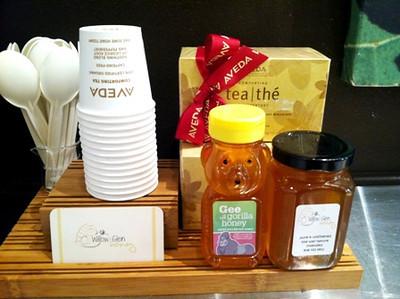 2013_11_18_Aveda_Bee_Honey_event