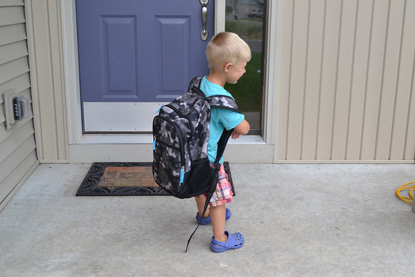 2013.9.3 Judah's First Day of school