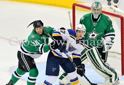 Cody eakin battle in fron of net