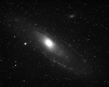 Andromeda Galaxy M31 in H-Alpha 3nm, 45min exposure