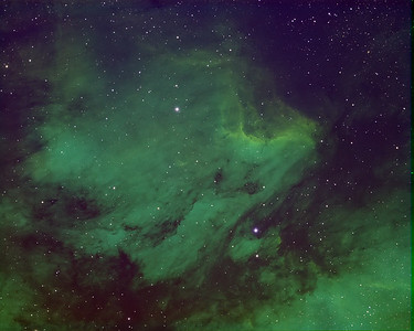 Pelican Nebula IC5070 using the Hubble Color Palette RGB mapping. Ha=Red, OIII=Green, SII=Blue
