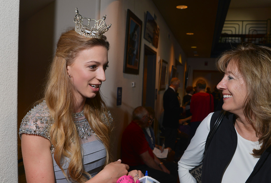 Justin Sheely | The Sheridan Press<br /> Miss Wyoming 2015 Mikaela Shaw, left, visits with Mary Kaercher during the reception for the 2016 Keystone Awards Thursday evening at the WYO Theater.