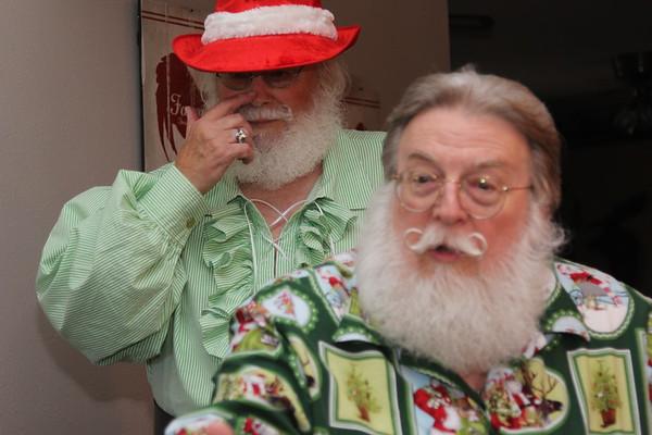 10-17 Santas
