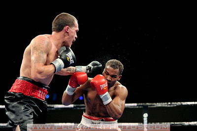 BOXING 2014 - Ismael Garcia versus DuShane Crooks