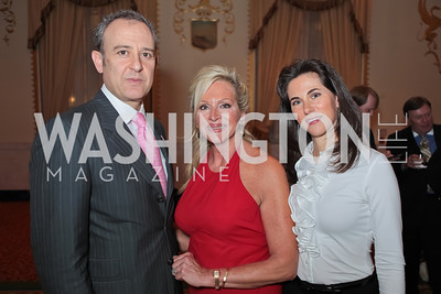 Ambassador of Mexico Arturo Sarukhan Casamitjana, Deborah Sigmund, Veronica Valencia-Sarukhan. A Night to Benefit the Fight Against Child Trafficking‏. Mayflower Hotel. October 19, 2011. Photo by Alfredo Flores