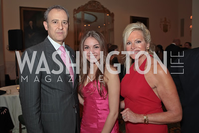 Ambassador of Mexico Arturo Sarukhan Casamitjana, Gabriela Ferrer, Deborah Sigmund. A Night to Benefit the Fight Against Child Trafficking‏. Mayflower Hotel. October 19, 2011. Photo by Alfredo Flores