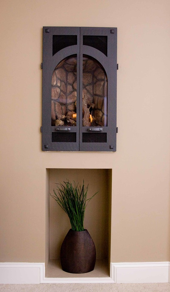 Bedroom gas fireplace detail