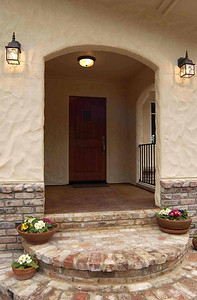 Stucco entry, Grass Valley