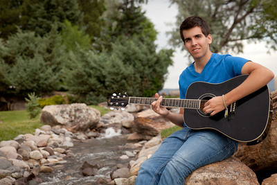 Alex Perez 2013-12