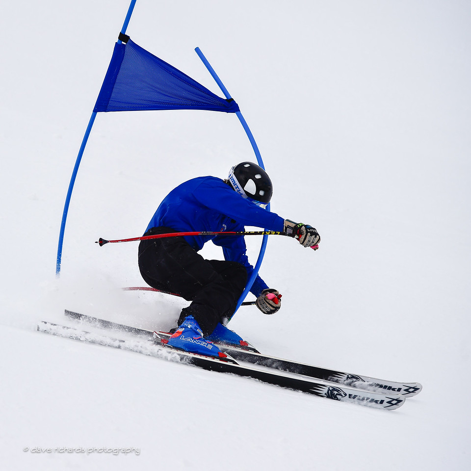 Racer takes the gate with him as he cuts it too close, 2017 Alta Town Race - GS#8 (Photo by Dave Richards, daverphoto.com)
