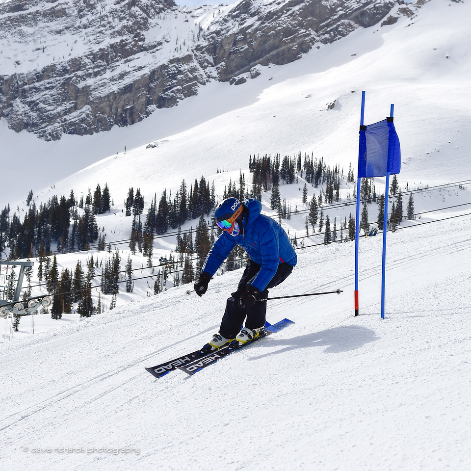 Devils' Castle formation is the backdrop to the race course on the Extrovert run. 2017 Alta Town Race - GS#8 (Photo by Dave Richards, daverphoto.com)