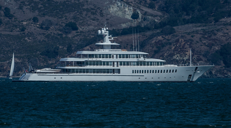 Larry Ellisons Mega Yacht!
