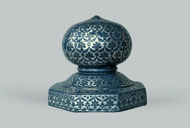 Bidri Carpet Weight (Mir-i Farsh) with Trellis Pattern