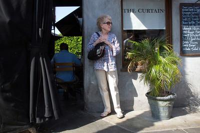 P TheCurtain Cora's C4217