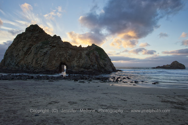 Clouds before Sunset behind Keyhole Arch