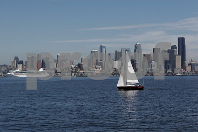Seattle skyline sailing 4