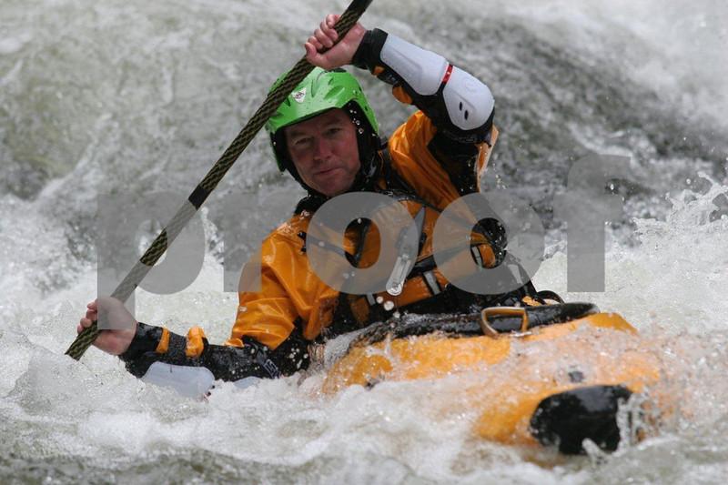 White water kayaking 4215