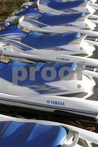 Jet skis 1045