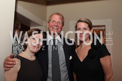 Margaret Dunning, David Dunning, Elizabeth Powell. Photo by Alfredo Flores Book party for Carol Joynt Innocent Spouse A Memoir hosted by Ellen Charles May 19, 2011