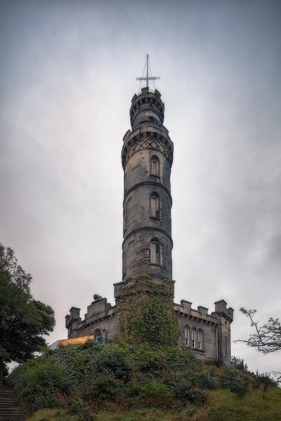 Monument to Scottish Parliament