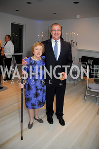 Elizabeth Drew, Thomas Hyde, Cafritz End of Summer Party, September 9, 2011, Kyle Samperton