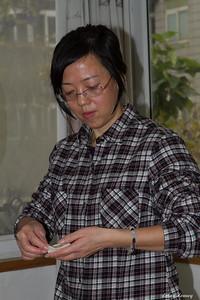 Mu making a dumpling