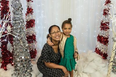 Saddleback Irvine South Christmas Portrait - photo by Allen Siu 2017-12-09