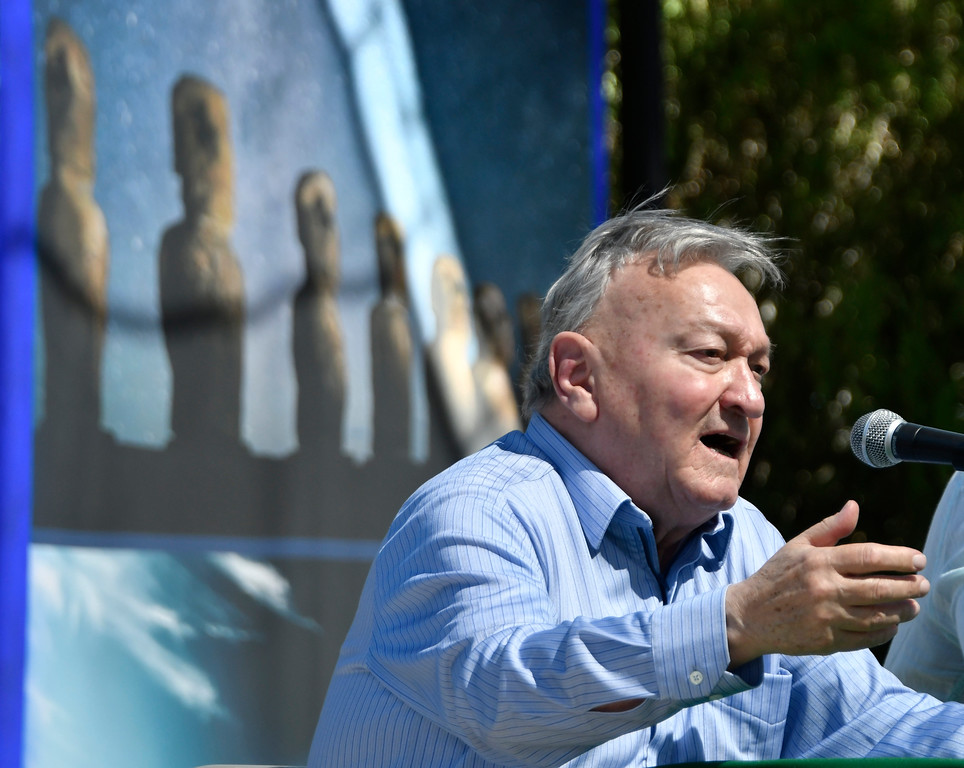 . May 20,2017. Twenty-nine Palms Ca.  History Channel\'s Ancient Aliens theorist Erich von Däniken talks during the 5th annual Contact in the Desert at the Joshua Tree Retreat Center Saturday. Over 3,000 UFO fans of the History Channel\'s  Ancient Aliens  came out for the 3 day event.  Photo by Gene Blevins/LA DailyNews/SCNG