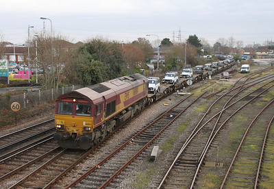 66084 Totton Yard 13/12/13 6B45 Eastleigh to Marchwood