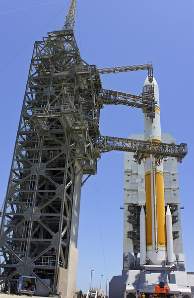 Delta IV WGS-5 shortly after tower rollback