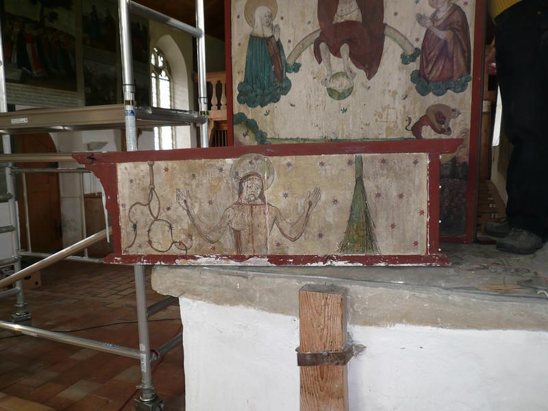Galgenen, Kapelle St. Jost Anna Altar - Demontage Schrein und Predella AAF_0256_04-05-2011